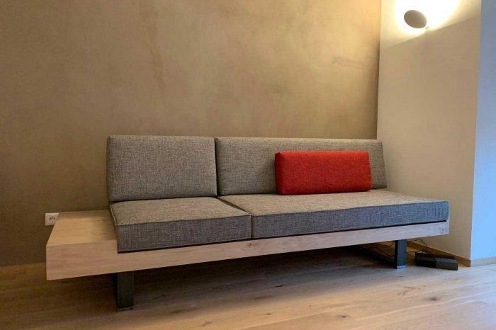 Moderne Couch – Rentsch